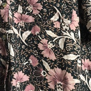 Urban Outfitters Tops - Urban Outfitters Lightweight Floral Shirt